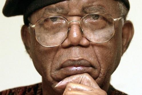 Chinua-Achebe-ist-gestorben